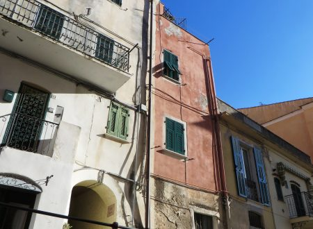 Bordighera (IM), Paese Alto, Bastioni, part.
