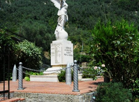 Airole (IM), Monumento ai Caduti