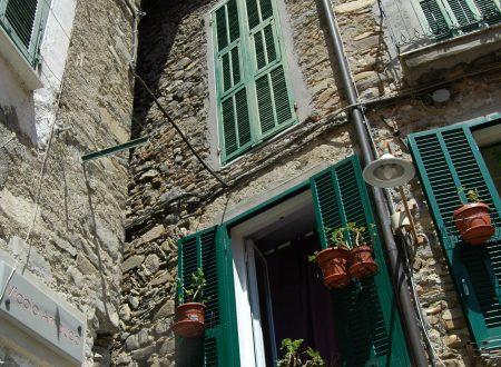 Dolceacqua (IM) – quartiere Borgo