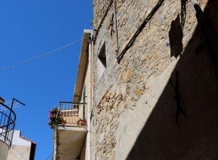 Coldirodi, Frazione di Sanremo (IM): Via Castello